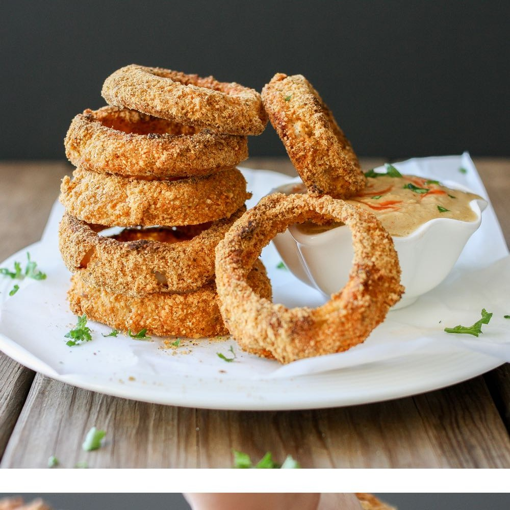 ff055b7c2568 baked-cornmeal-pepita-crusted-onion-rings-pinterest-500x500 2x.jpg ...