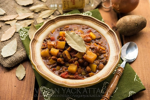 Vegan Slow cooker potato curry chili