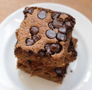 Vegan chocolate chip snack cake