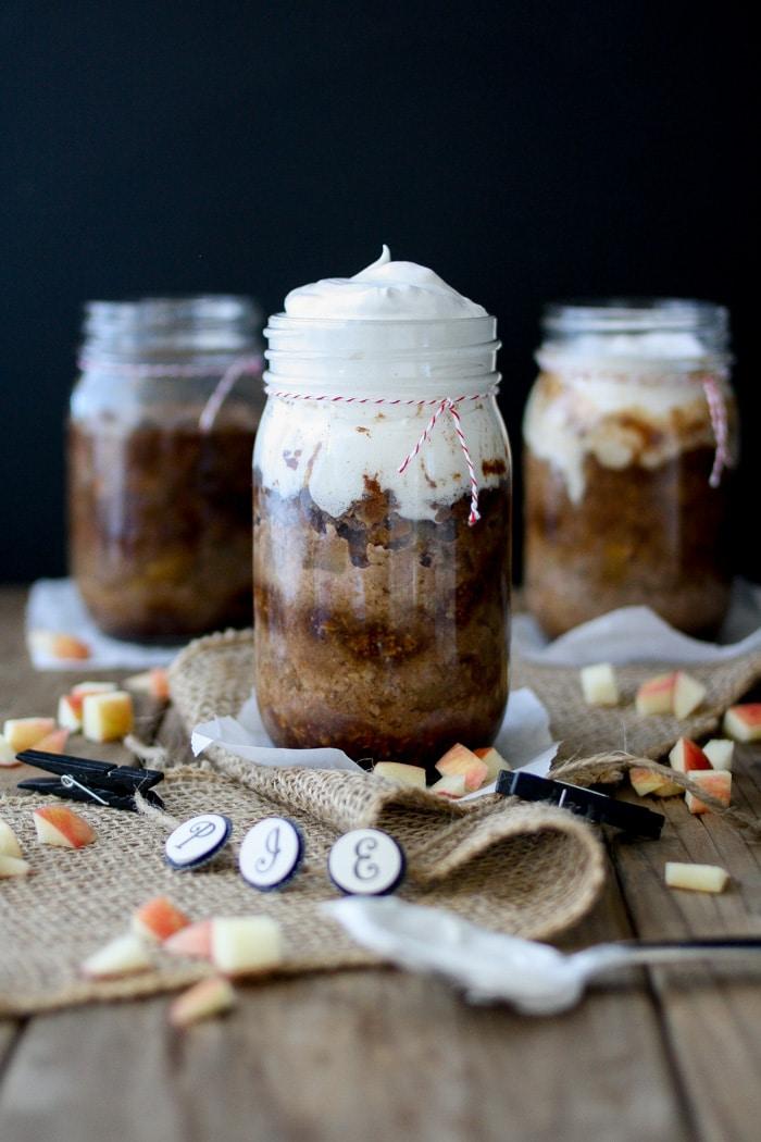 Cinnamon caramel pecan apple pies in jars
