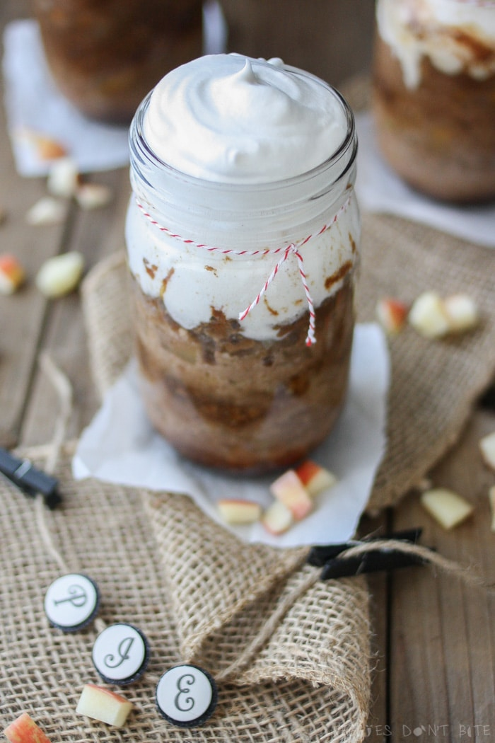 Cinnamon Caramel Apple Pecan Pie in a jar