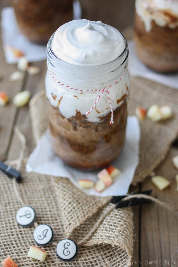 Cinnamon Caramel Apple Pecan Pie in a jar
