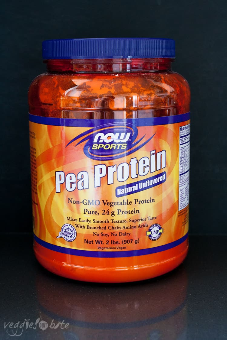 A photo of pea protein to make a strawberry banana spinach smoothie