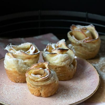 Vegan Apple Cinnamon Roses